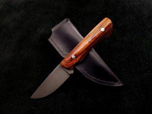 Desert Ironwood Hunting Knife 2