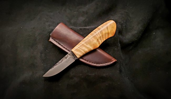 Nordic Hunter Culy Birch Knife 1 scaled