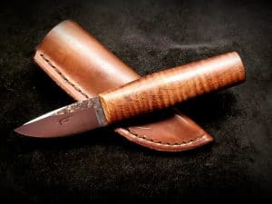 Nordic Hunter Curly Maple Knife 1