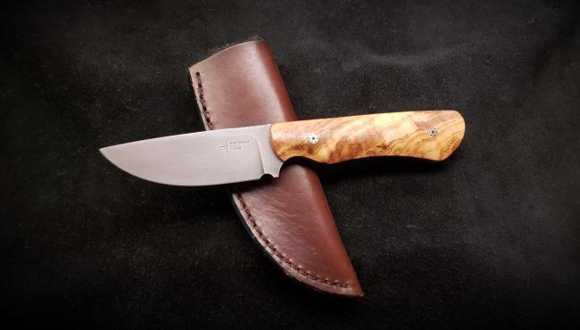 Olive Wood Hunter Knife 3 scaled